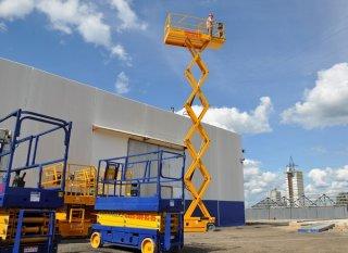 Преимущества использования передвижных гидравлических подъемников в строительстве